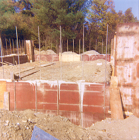 Ny house construction photos Foundation pouring